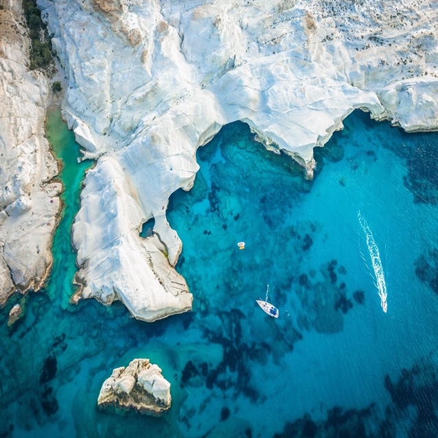 insula milos greek holidays