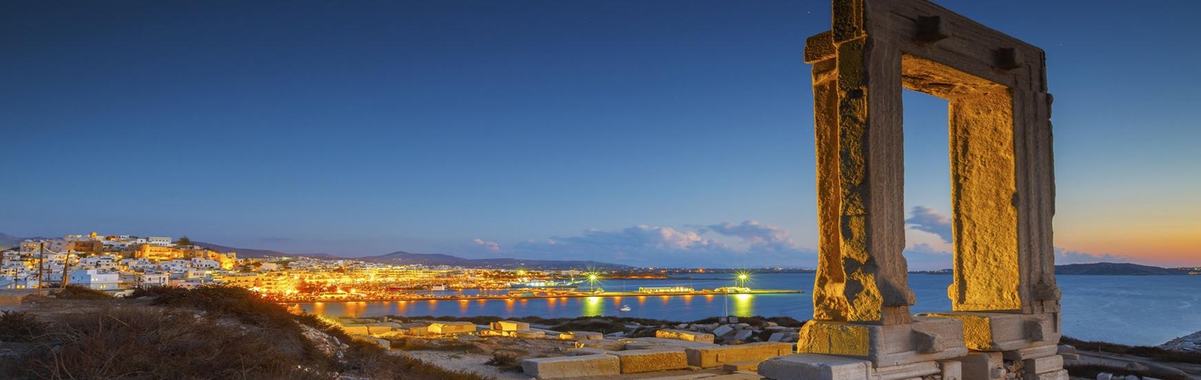 naxos-portara_greek holidays2